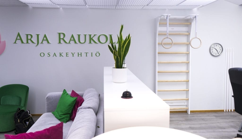 Office with workout station in Scandinavian design from FitWood.